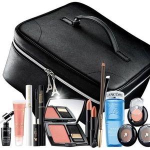 NEW Lancome Ltd Edition Large Cosmetic Train Case